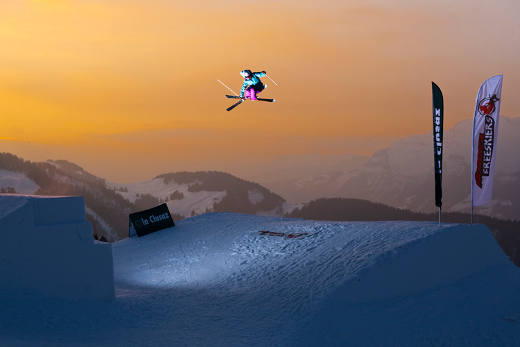 jen hudak professional skier affiliate marketer
